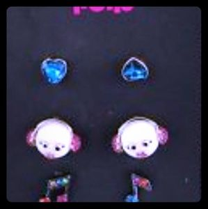 Nwts Betsey Johnson Earring pack
